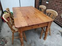 Farmhouse kitchen table with 5 chairs