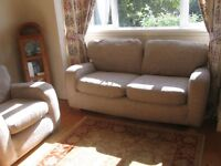 3 Piece Suite (2 seater settee and 2 armchairs)