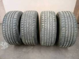 4 x hardly used matching 225/50/16 tyres.