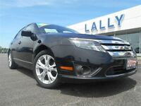 2012 Ford Fusion SE, Moon roof, local trade!!