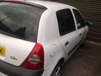 Renault Clio 1.5 dci Dynamique Diesel Car White Hatchback 5 Door £30 Tax 70mpg-- ((-new mot )))