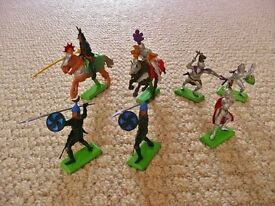 Britain's Ltd 1971 Deetail Model Knights Mounted Knights Horses Horseback Foot Turks Foot Soldiers