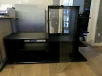 BLACK ENTERTAINMENT CENTRE IN VERY GOOD CONDITION