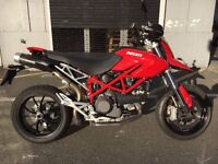 DUCATI HYPERMOTARD RED 1100 2010 MINT CONDITION