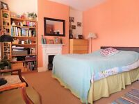 Spacious 4 Bedroom property with Private Garden