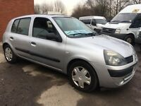 2005 Renault Clio 1.4 5 door AUTOMATIC,Silver, 89k Miles, Good Condition and Drive, 89k miles