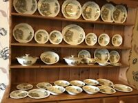 Vintage 35 Piece Alfred Meakin Famous Cottages Dinnerware Set