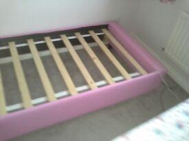 Girls bed frame (single)