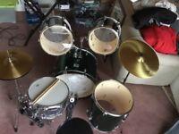 Set of Peavey Drums