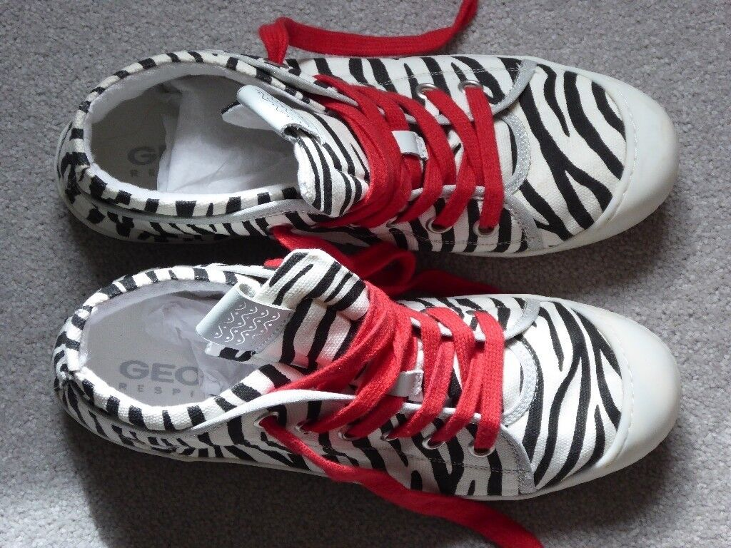 73cb01fcfa French Geox Ladies Canvas shoes trainers with red laces Zebra patern size  6.5 or 40