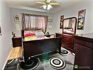 $349,999 - Bungalow for sale in Edmonton - Northwest Edmonton Edmonton Area image 4