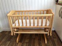 Oak glider crib