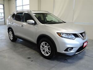 2015 Nissan Rogue SV AT Sunroof - One Owner