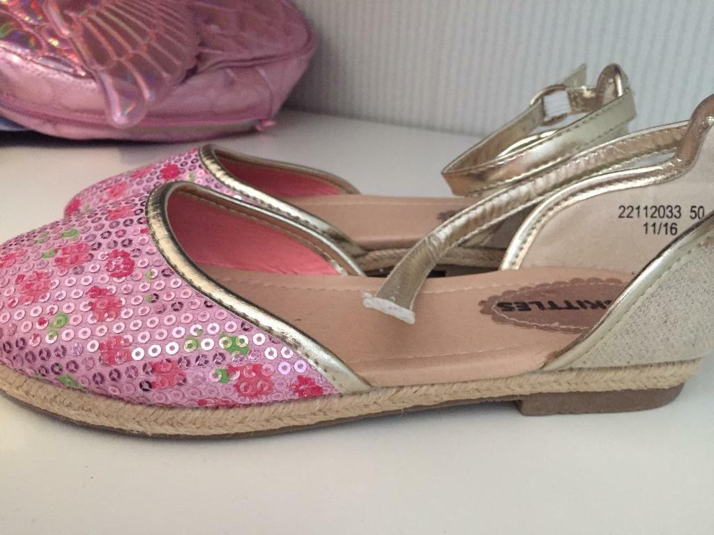 Brand new girls shoes/sandals size 1