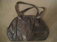 Medium brown (2 tone brown) handbag