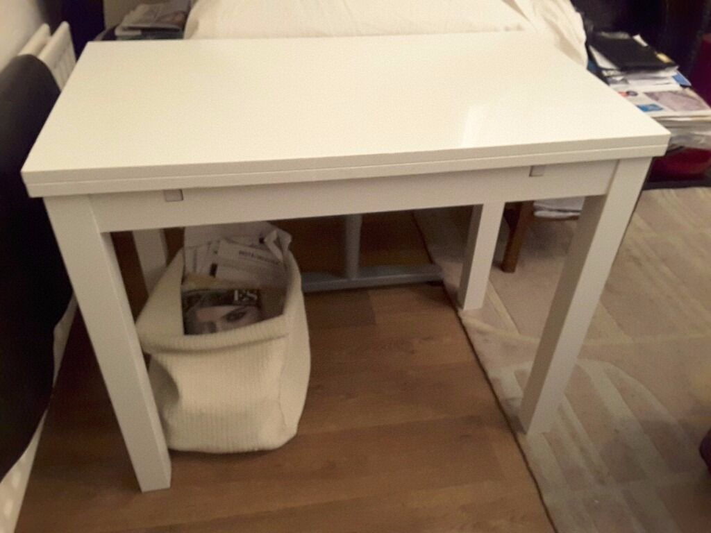 IKEA white extendable dining table BJURSTA max 90 cm X 90 cm Ht