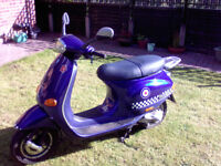 Vespa, Piaggio ET2 Scooter in Royal Blue