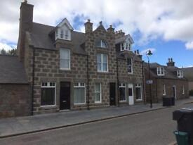 Self contained Large ground floor flat in Kincardine O'Neil