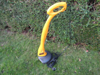 McCulloch MT21 grass strimmer trimmer in good working order