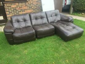 Brown Chunky leather corner sofa can deliver