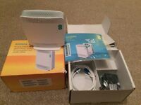 EE Mobile Phone Signal Boost Box - Wifi - Brand New