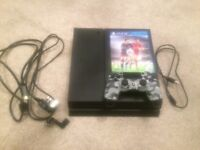 PS4 with FIFA16 and accessories