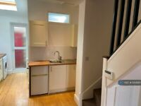 2 bedroom house in Tramway Road, Liverpool, L17 (2 bed) (#1130685)