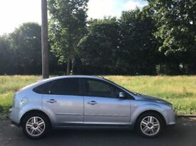 2005 AUTOMATIC FORD FOCUS GHIA 1.6L. BRILLIANT CONDITION. E/W. A/C.USB/BLUETOOTH/RADIO/CD.VERY CLEAN