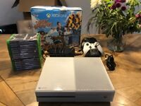Xbox One White 500GB, 14 Games, 2 Controllers + charging Station