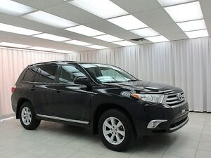 2012 Toyota Highlander 4WE SUV 8PASS