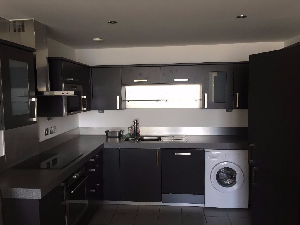 ONE BEDROOM APARTMENT. CORAL APARTMENTS. E16