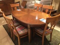 Perfect Condition Dining Table Set + 6 Chairs