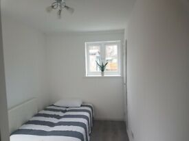 BRAND NEW COMPACT STUDIO/ENSUITE IN CHADWELL HEATH RM6 (OWN TOILET/SHOWER/KITCHENETTE)