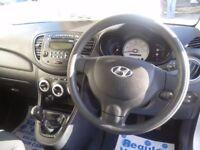 Hyundai I10 Comfort,5 dr hatchback,1 previous owner,2 keys,FSH,£30 a yr Road Tax,low mileage 19,000