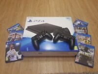 Playstation PS4 Bundle with 7 Games + 2 Wireless Controllers