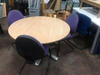 1400mm Round Meeting Table
