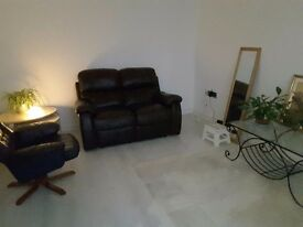 Fully furnished Single room to let in beautiful 2 bed apartment in Willenhall(close to town Centre)