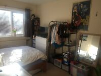 Double room in Angel/Canonbury in friendly flat