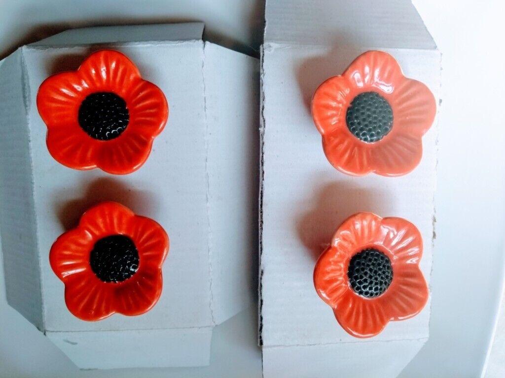 4 Ceramic Flower Drawer Handles Unused