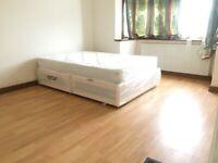 Three Bed 1st Floor Flat on Barley Lane Goodmayes