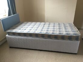 A 80% new single bed £ 30, covering mattress £40