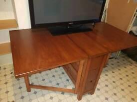 6 Seated Fold Away Table