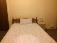 Big cosy room very close to the university
