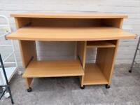 Computer desk in excellent condition - like new