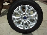 Ford Ecosport Wheel and tyre205/60R16