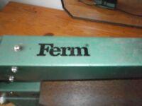 Ferm FFZ400N Fretsaw/ detail tablesaw.