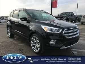 2017 Ford Escape Titanium, Leather, Pano Roof, Backup Camera