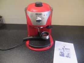 DeLonghi Red Coffee Maker ECC220