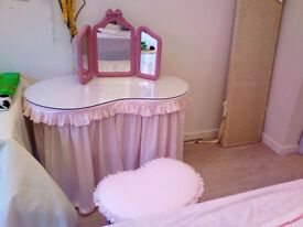 Kidney shaped dressing table,stood and mirror just been upcycled
