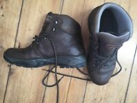 Scarpa brown leather hiking boots size 7/41